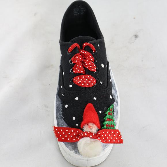 LAGUNA SHOES Custom Holiday Christmas Sneakers